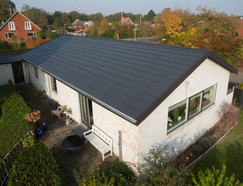 Nyt Quadrotag blev monteret på villaen i Kolding, villaen gik også monteret nye metal tagrender.