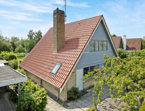 Flot A-hus fra Slangerup med nyt Tegltag.
