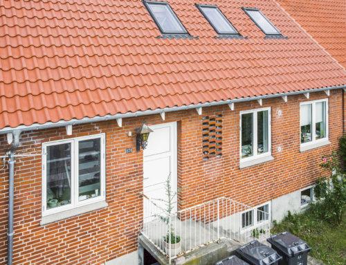 Nyt tegltag på dobbelt hus i Rødovre