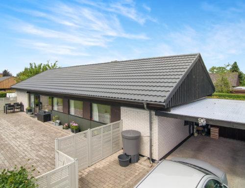 Nyt Decra Elegance på villa i Hillerød