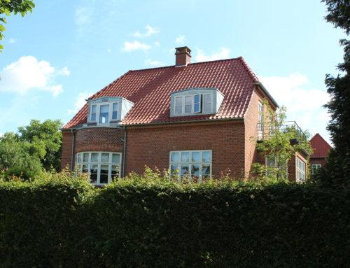 Huset i Aarhus fik lagt flot ny tegltag