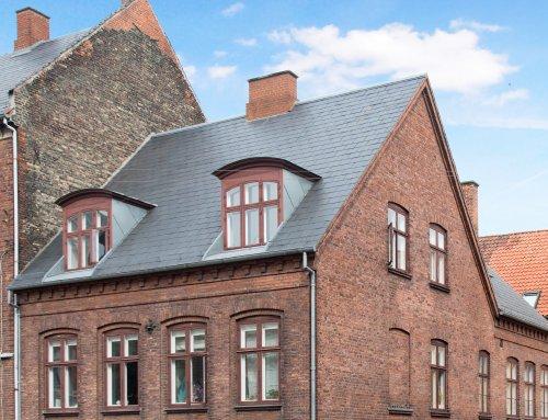 Ejendom på Vesterbro i København fik nyt naturskifertag
