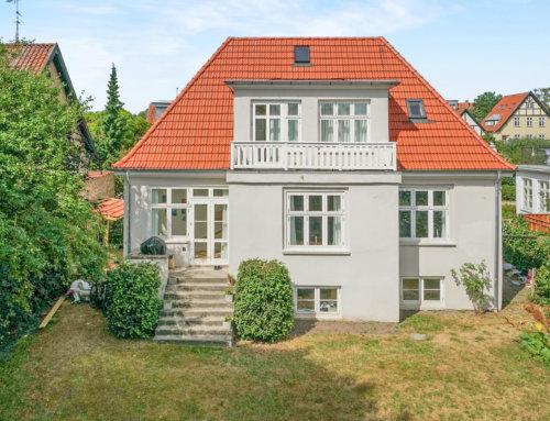 Den Elegante villa i Bagsværd fik lagt nyt flot tegltag