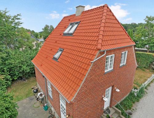 Huset i Hellerup fik lagt nyt tegltag