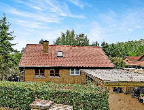 Huset i Hillerød fik monteret et nyt Tegltag
